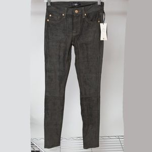 New 7 For All Mankind The Sueded Skinny Jean 23x30